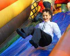 Jumping_Castles_Group_Bookings_Melbourne